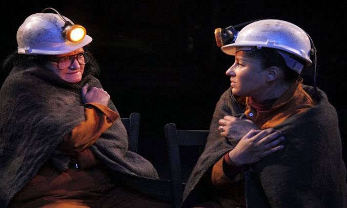 Kate Anthony (Anne) & Danielle Henry (Lesley) in QUEENS OF THE COAL AGE