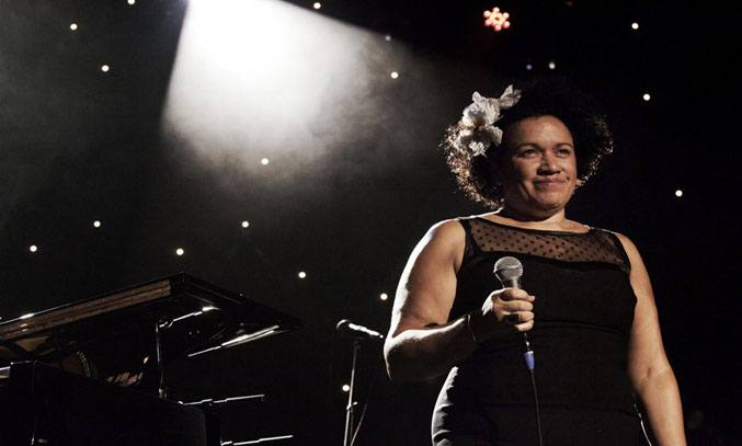 Vika Bull in AT LAST - THE ETTA JAMES STORY