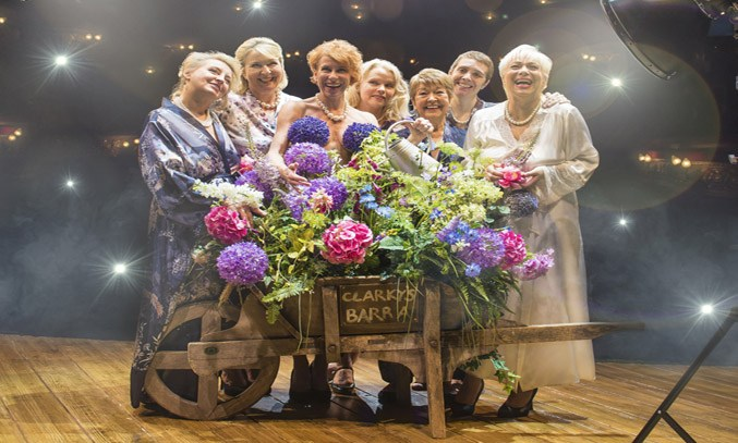 Rebecca Storm, Fern Britton, Anna-Jane Casey, Sara Crowe, Ruth Madoc, Karen Dunbar & Denise Welch in CALENDAR GIRLS THE MUSICAL