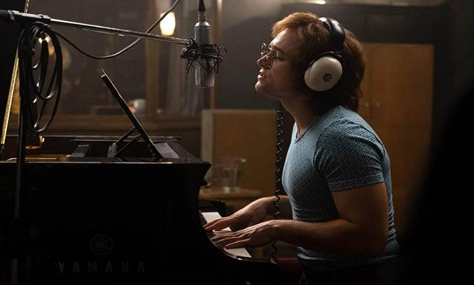 Taron Egerton as Elton John in ROCKETMAN (2019).