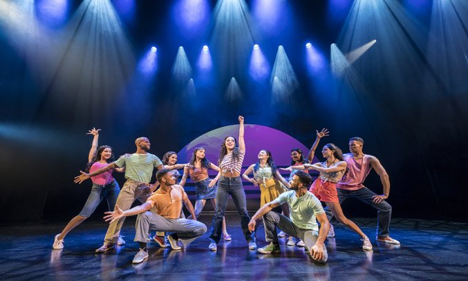 Philippa Stefani as Gloria Estefan and Company of ON YOUR FEET