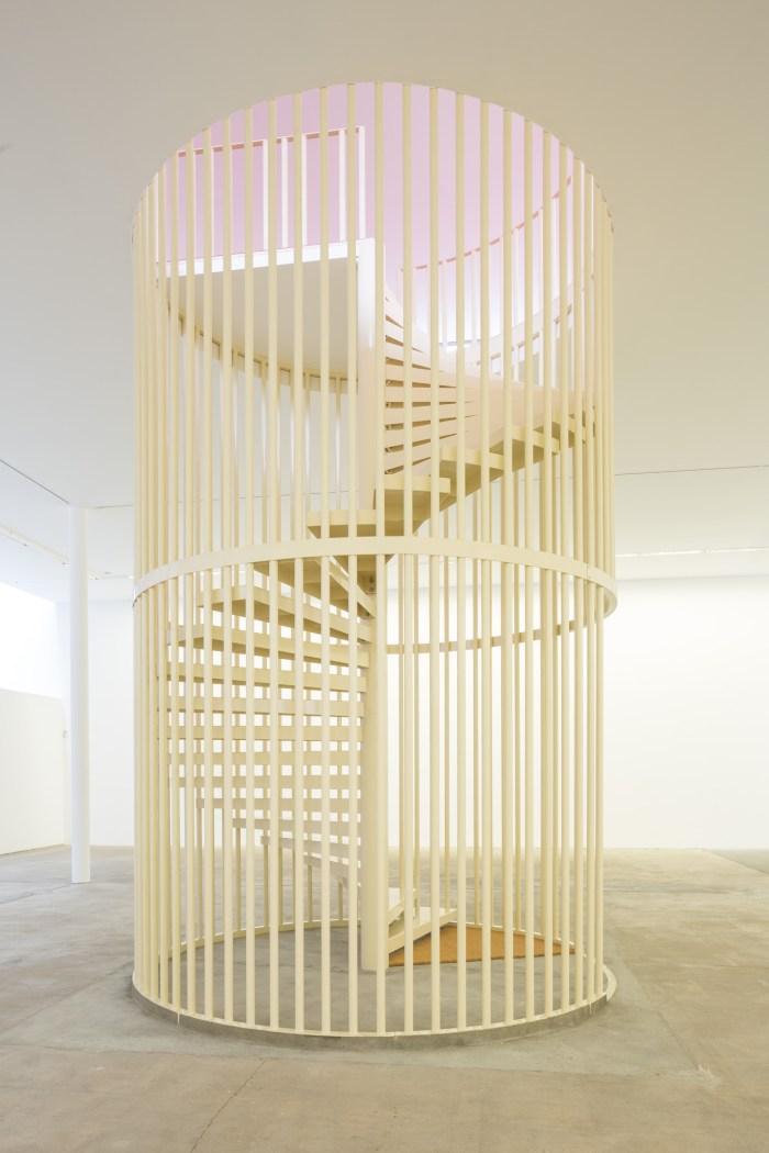 Hanne Lippard, Flesh, 2016, Installationsansicht KW Institute for Contemporary Art, 2017; Courtesy die Künstlerin und LambdaLambdaLambda, Prishtina; Foto: Frank Sperling