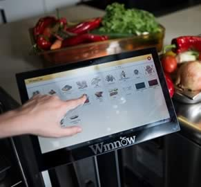 Artificial Intelligence Helps Cut Food Waste
