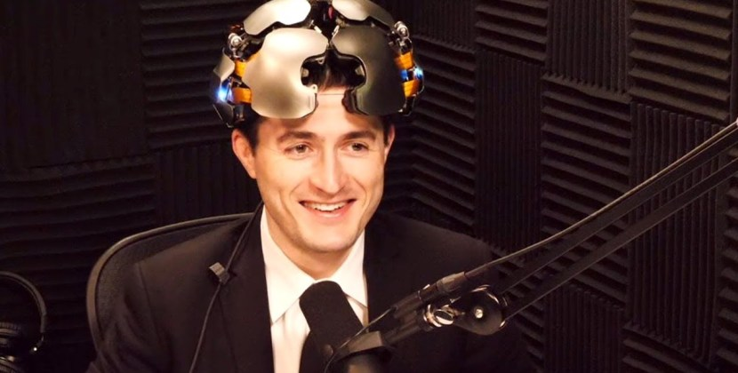 Lex Fridman Tries On the Kernel Flow Brain-Computer Interface