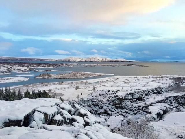 10 minutes later and beautiful sunshine at Þingvellir National Park