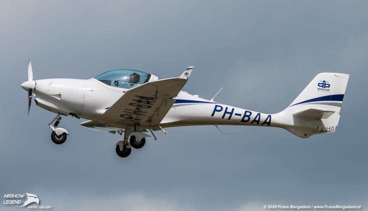 PH-BAA Aquila A210 Airshow Legend