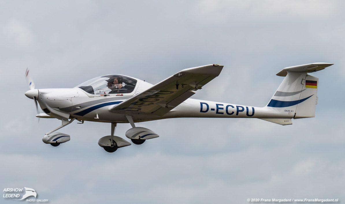 D-ECPU Diamond DA20 Katana Airshow Legend