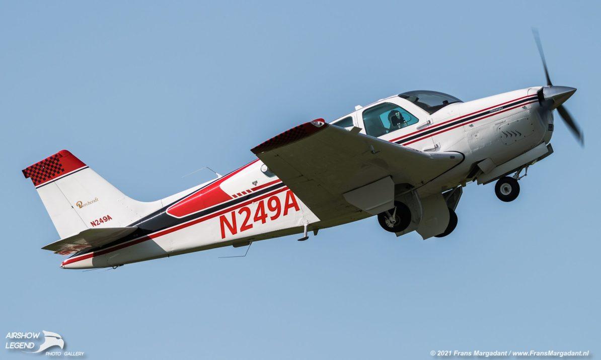 N249A Beechcraft F33C Bonanza Airshow Legend