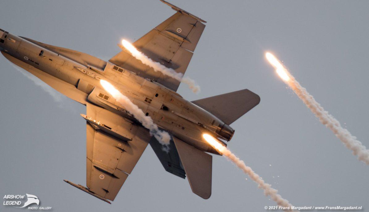 Fin F-18 Hornet Airshow Legend