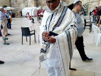The leader of the now proscribed Indigenous People of Biafra IPOB, Nnamdi Kanu, was spotted in Jerusalem, Israel Photos and Videos of him praying in Jerusalem was shared online by Radio Biafra. Kanu went missing in September last year after the military invaded his home in Abia state.