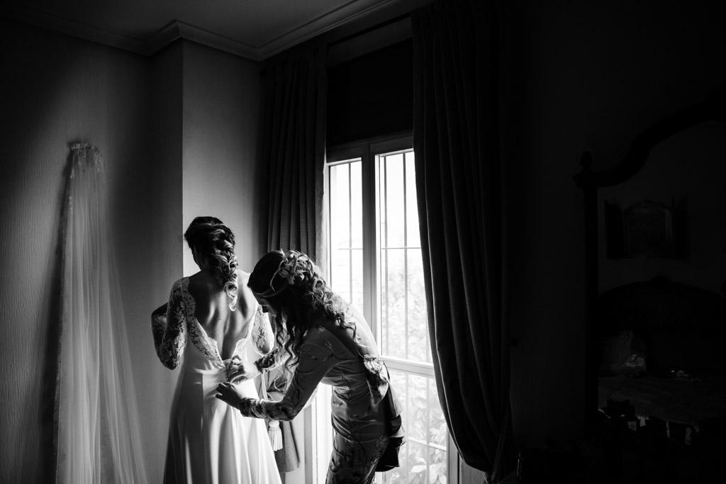 Boda en San Nicolas y El Capricho, preparativos novia