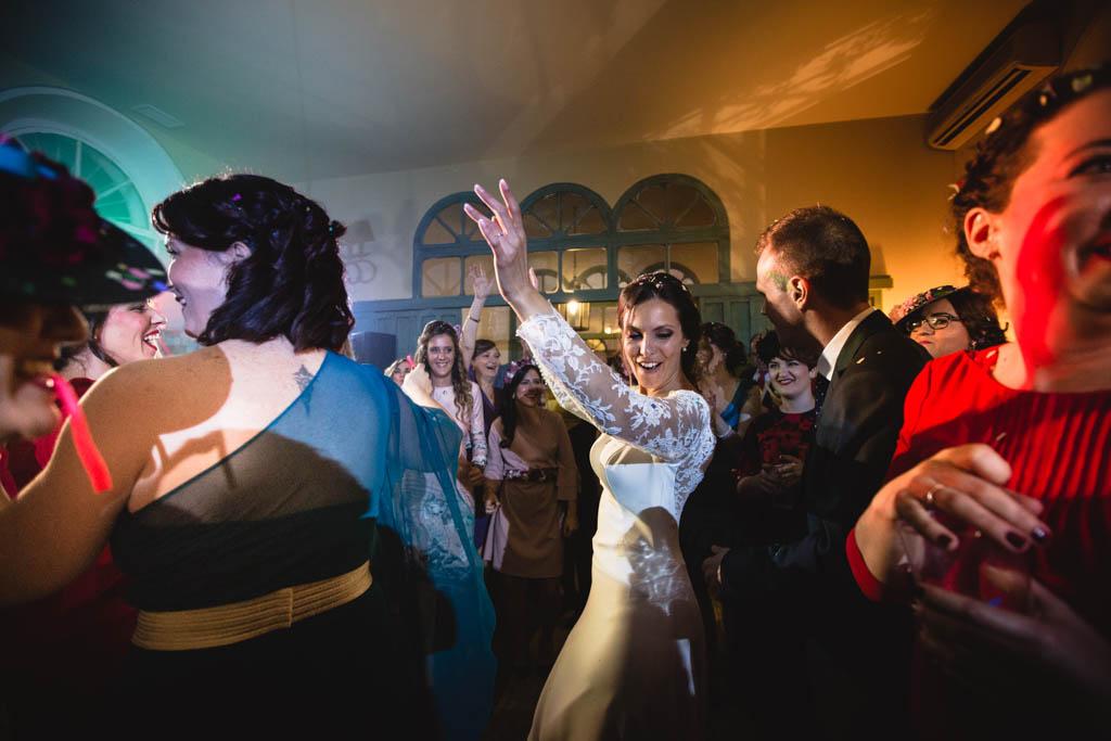 Boda en San Nicolas y El Capricho, baile barra libre