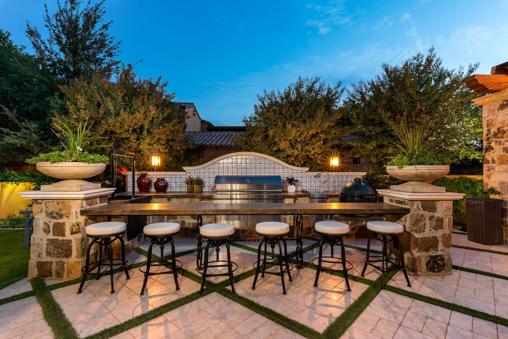 Luxury Outdoor Living Space Design Ideas - Fratantoni Design on Fancy Outdoor Living id=38783