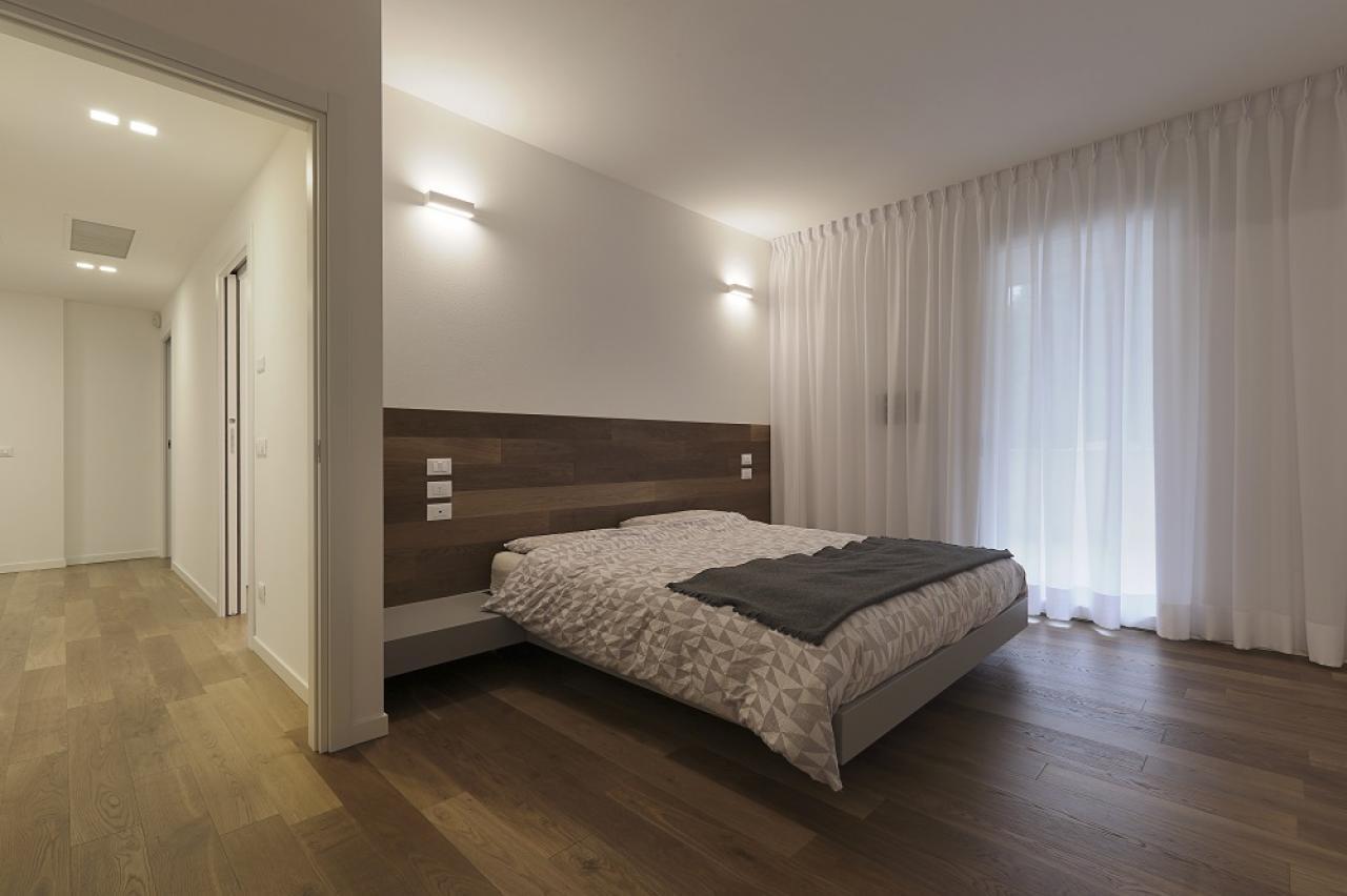 Un progetto di interior design che abbraccia lo stile moderno saprà creare una combinazione di colori e forme rilassanti a formare un'eleganza moderna. Camere Da Letto Moderne Quanto Costano Fratelli Pellizzari
