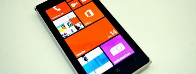 Confronto tra Nokia Lumia 925, Lumia 920 e HTC 8X