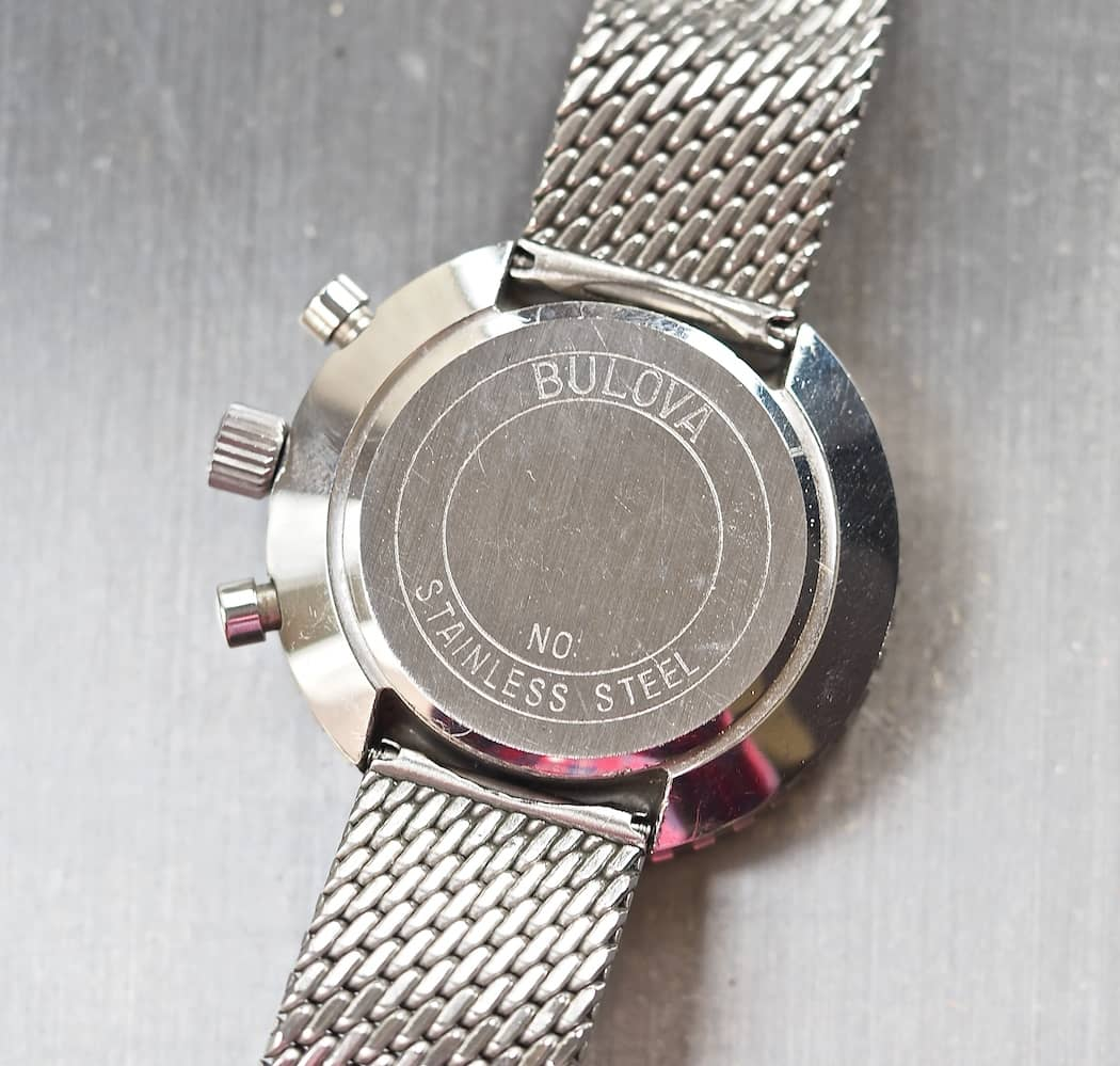 The simple caseback of the Bulova Stars and Stripes mimics a traditional snap back and shows the lugless design