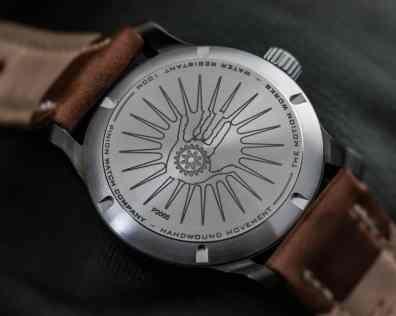 FWpinion-pure-gunmetal-green-handwound-watch-009