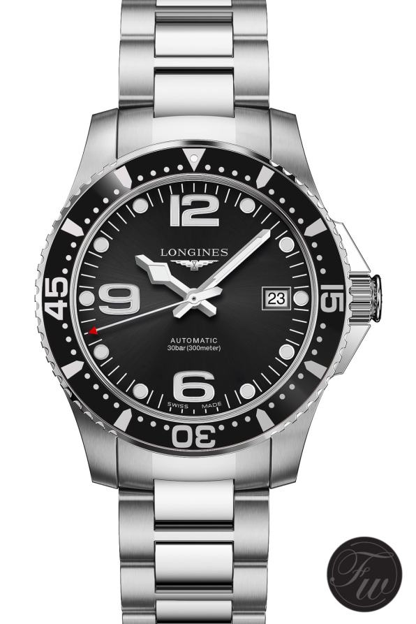 A more cleaner dial, without the inner markers in the dial