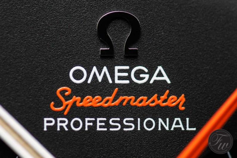 Omega Speedy Tuesday Ultraman.005