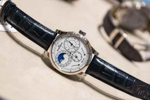 Jaeger-LeCoultre-Watchmaking-021