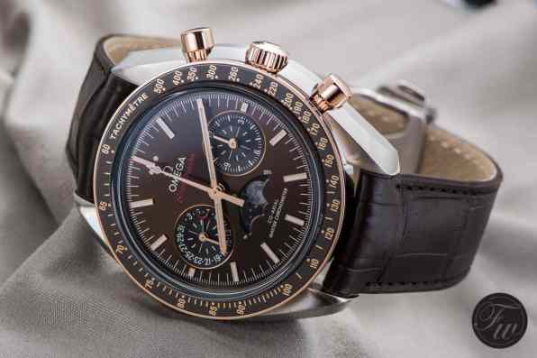 Omega-Speedmaster-Moonphase1064