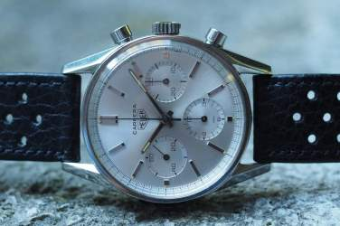 Heuer Carrera 2447S on side
