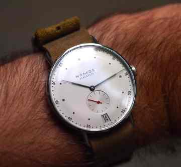 Nomos Metro on the wrist