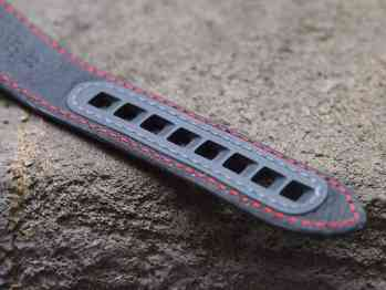 Omega GSotM strap holes