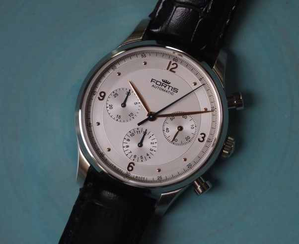 Fortis Tycoon classic proportions