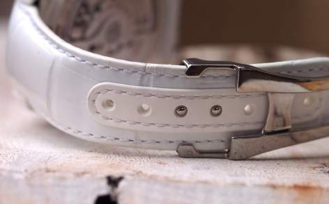 Speedmaster White Side of the Moon strap detail