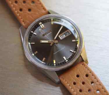 Seiko Sportsmatic slim outer bezel