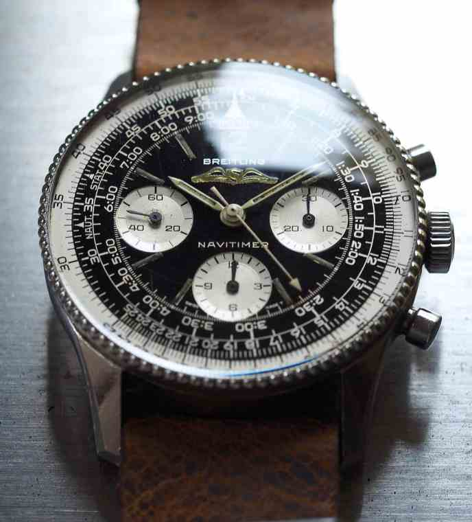 Breitling Navitimer 806 crystal reflection