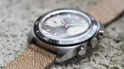 Hamilton Chrono-Diver crystal