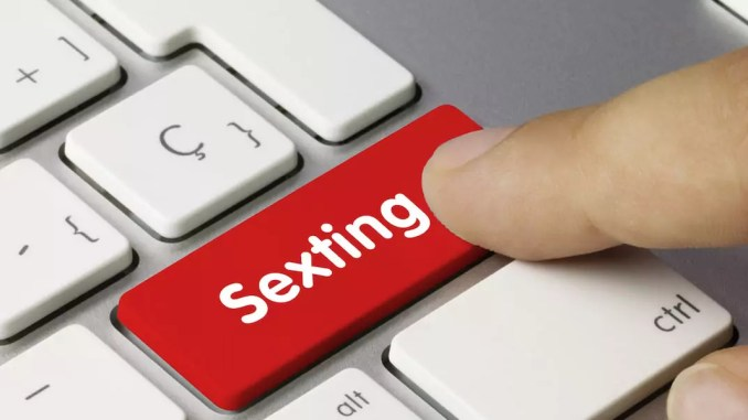 What is sexting examples yahoo