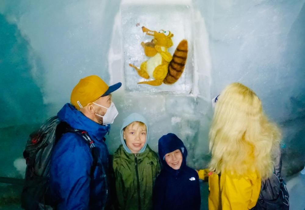 Im Eispalast auf dem Jungsfraujoch