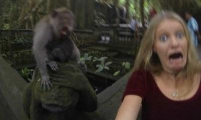 selfie girl freaked