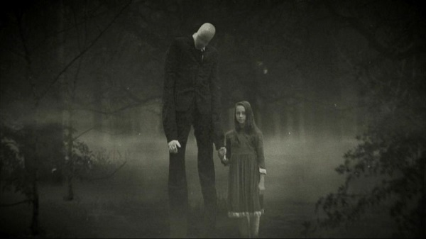slenderman-with-little-girl