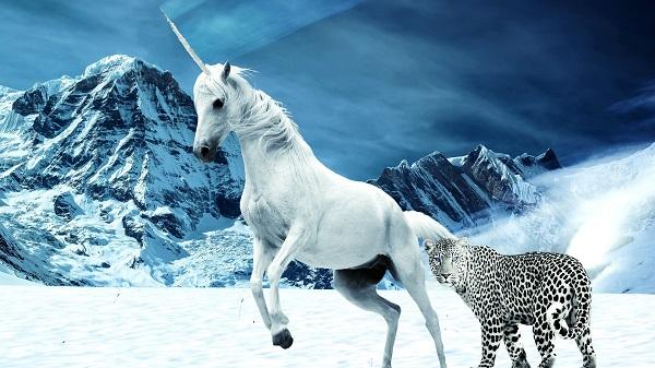unicorn-in-the-snow