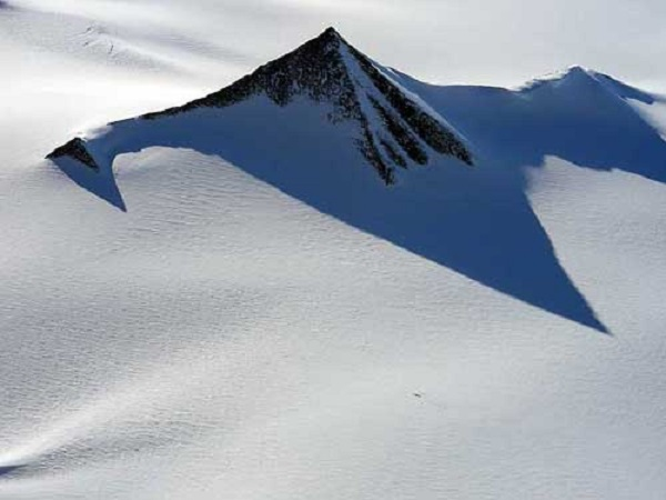antarctica-pyramid