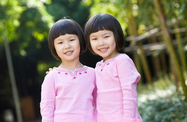 twin asian girls