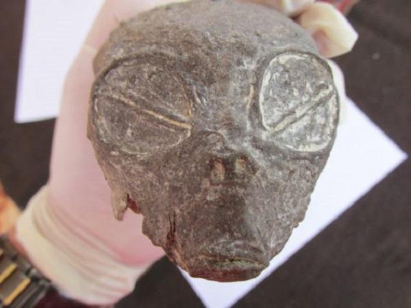 Small alien head found in Peru