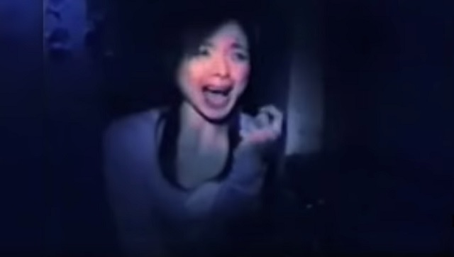 Japanese reporter terrified from seeing ghost near her