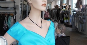 Mannequin with necklace