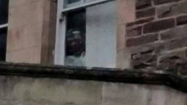 Ghost face in the window Facebook/Toowoomba Ghost Chasers