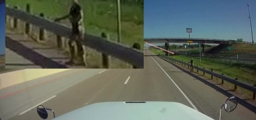 Humanoid Alien Hitchhiker Recorded Alongside Texas Highway