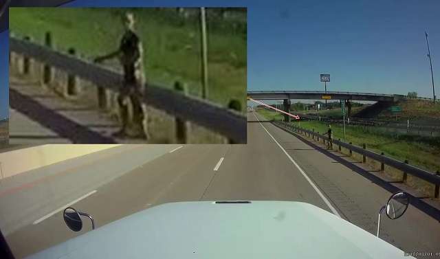 Alien humanoid hitchhiking in Texas