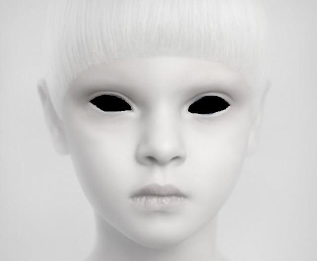 alien white child Japan