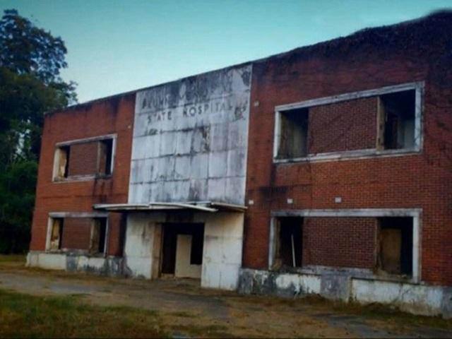 Abandoned Haunted Kuhn Memorial State Hospital