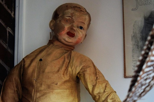 Charley la poupée hantée