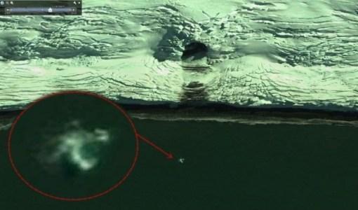 Possible-Alien-In-Antarctica